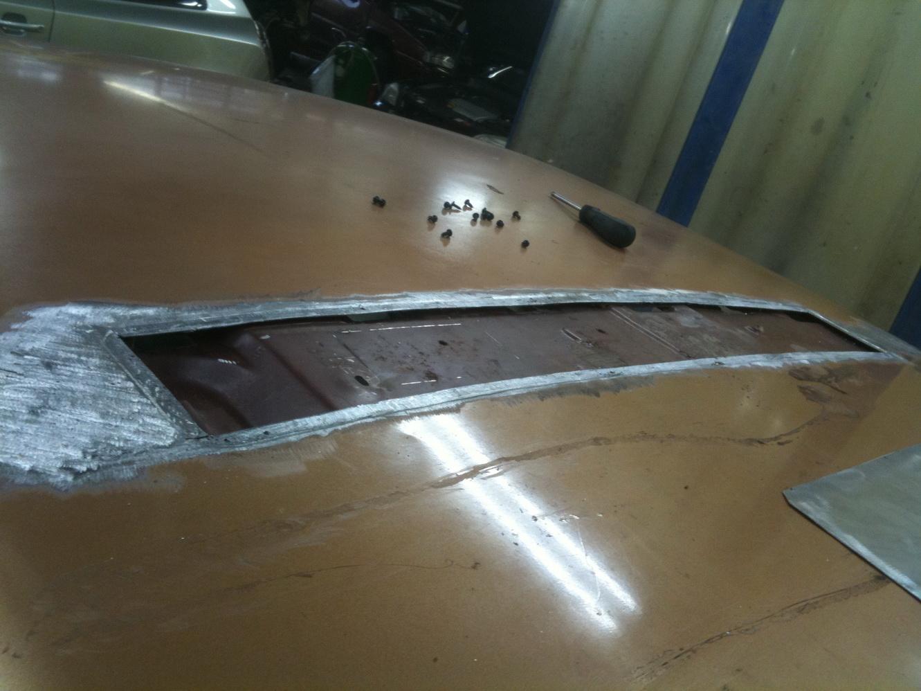 20101119 1977 cadillac eldorado biarritz roof repair 05