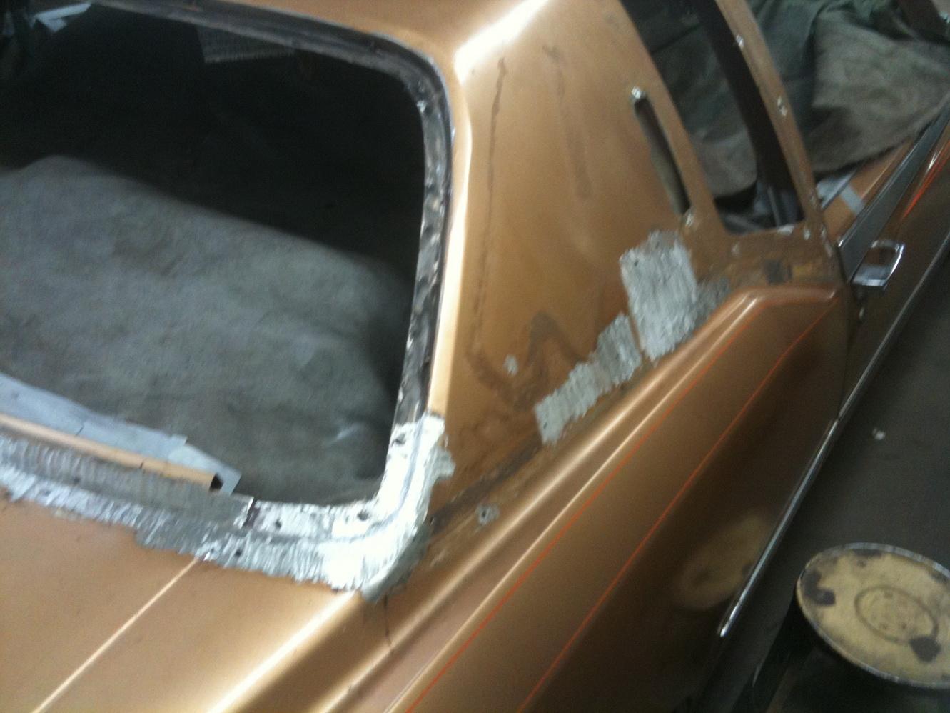 20101119 1977 cadillac eldorado biarritz roof repair 14