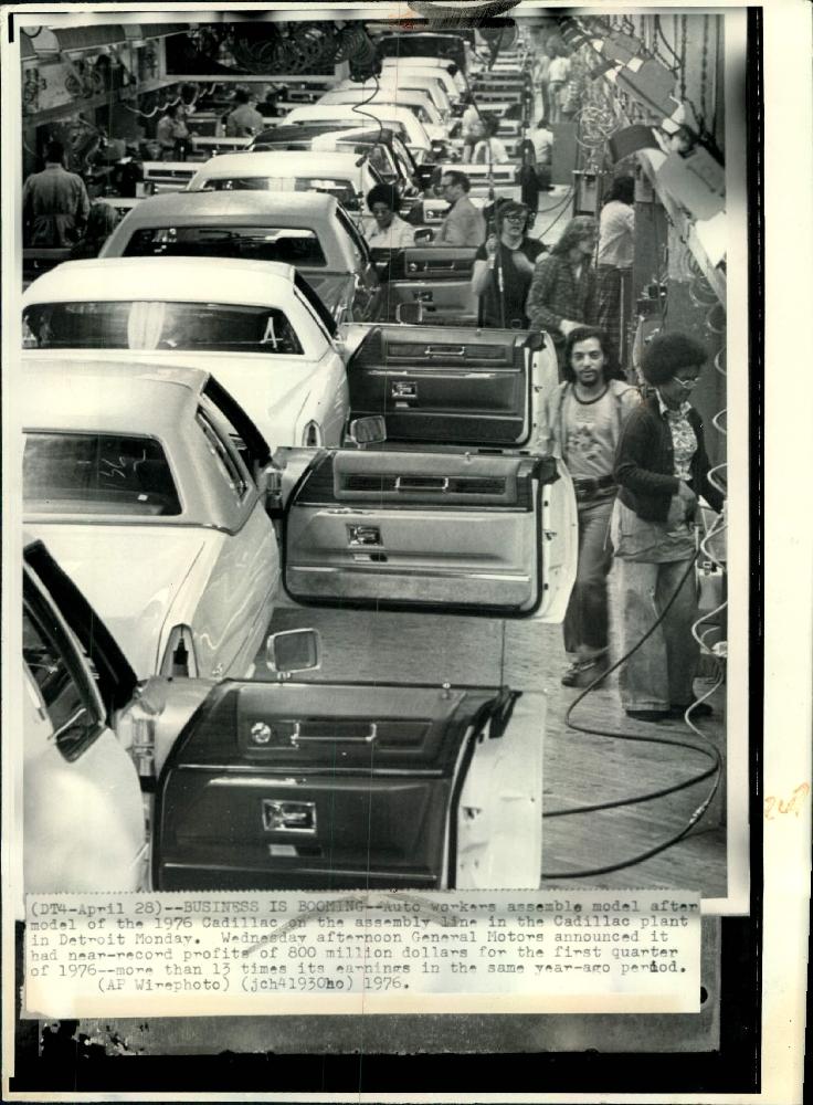1976-line-1