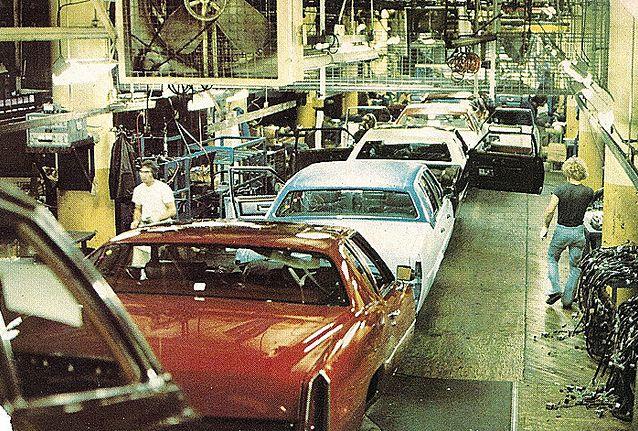 1977-line