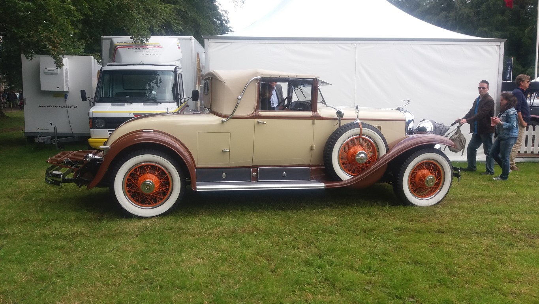 1928 Cadillac 1.jpg