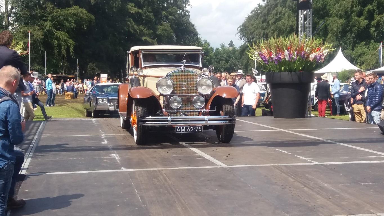 1928 Cadillac 3.jpg