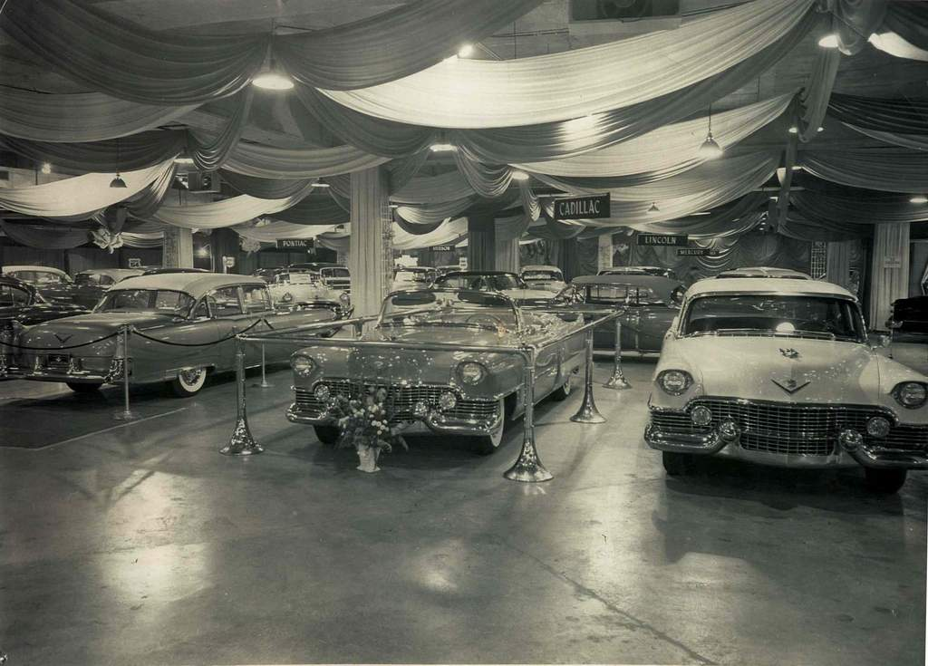1954-auto-show-2