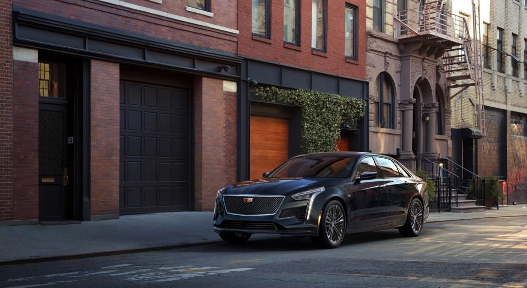2019-Cadillac-CT6-V-Sport-exterior-001-front-three-quarters-driver