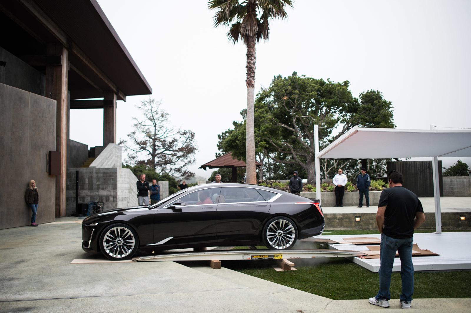 large_cadillac-escala-concept-car-4-81.jpg