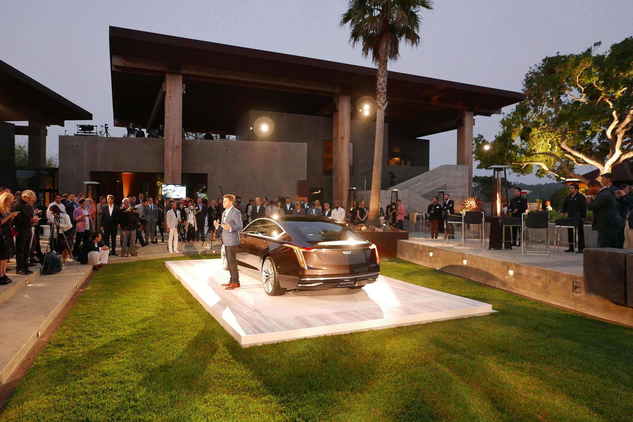 Cadillac-Escala-Concept-Debut-1.jpg