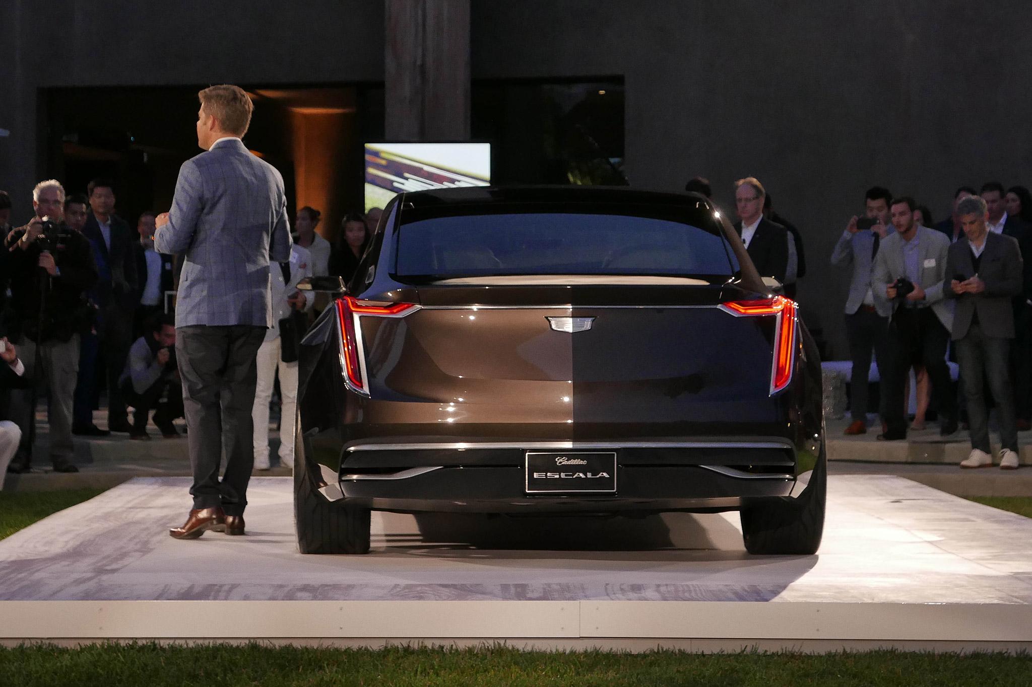 Cadillac-Escala-Concept-Rear.jpg